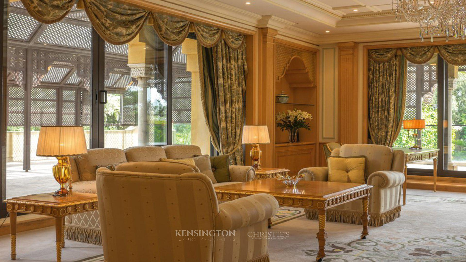 d couvrez la maison la plus ch re au maroc blogue. Black Bedroom Furniture Sets. Home Design Ideas