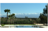 Très belle villa 5 chambres  avec grande piscine chauffée